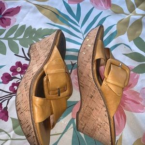Sofft wedges size 7M